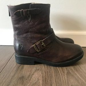 Frye Valerie Buckle Shearling Boots Y4 Womens 6